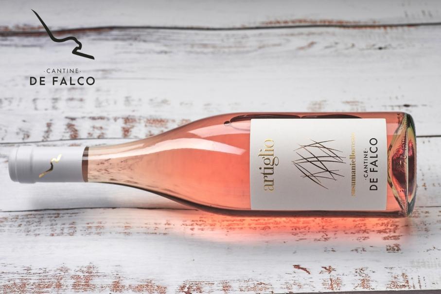 Artiglio: il rosato frutto della tradizione e innovazione delle Cantine De Falco